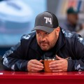 "Trailer zu Kevin James' (""King of Queens"") neuer Netflix-Sitcom – ""The Crew"" um Rennmechaniker startet im Februar – © Eric Liebowitz/Netflix"