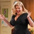 """""""Mom"""" befördert Kristen Johnston in den Hauptcast – Nach zwei Jahren als Gastdarstellerin besserer Job in Staffel sieben – Bild: CBS"""