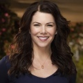 """The Mighty Ducks"": Lauren Graham übernimmt Hauptrolle in Serien-Fortsetzung – Jugend-Eishockey-Team der 1990er Jahre kehrt für Disney+ zurück – © NBC"
