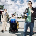"""""""Legit"""": ProSieben Fun zeigt zweite Staffel als Deutschlandpremiere – Comedian Jim Jefferies versucht erneut, sein Leben in den Griff zu kriegen – © FXX"""