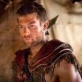"""""""Spartacus""""-Darsteller Liam McIntyre wird für NBC zum Engel – Dramapilot """"Unveiled"""" vom """"Bibel""""-Gespann Burnett/Downey – © Starz Productions"""