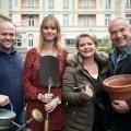 """""""Lindenstraßen""""-Stars pflanzen Jubiläumslinden – ARD-Vorabendserie feiert 30. Geburtstag – Bild: WDR/Steven Mahner"""