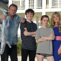 """Living the Dream"": Sky bestellt neue Comedy mit Philip Glenister (""Outcast"") – Lesley Sharp (""Scott & Bailey"") wandert mit ihrer Familie nach Florida aus – © Sky"