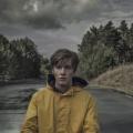 """""""Dark"""": Erste deutsche Netflix-Serie sucht das Grauen in der Provinz – Review – Internationale Mysterytropen verknüpft mit typisch deutschen Themen – Bild: Netflix/Julia Terjung"""