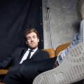"""Gegen die Langeweile: Luke Mockridge sendet täglich live am Sat.1-Vorabend – Improvisierte Anarchoshow """"Luke, allein zuhaus"""" ab Montag – Bild: Sat.1/Boris Breuer"""