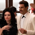 """""""The Spy"""": Sasha Baron Cohen ernst im Trailer zum Netflix-Spionagedrama – Satiriker in Rolle eines israelischen Nationalhelden – Bild: Netflix"""