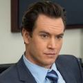 """""""Franklin & Bash"""": Mark-Paul Gosselaar in FOX-Pilot """"Pitch"""" – Baseballspieler greift weiblichem Neuzugang unter die Arme – © TNT"""