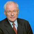 """Ehemaliger ARD-Chefredakteur Martin Schulze verstorben – Unter anderem moderierte er den """"Bericht aus Bonn"""" – © WDR/Fürst-Fastré"""