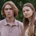 """""""Looking For Alaska"""": Trailer zur Serie nach Beststeller von John Green – Werk von """"Das Schicksal ist ein mieser Verräter""""-Autor als Miniserie – Bild: Hulu"""