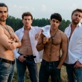 """Milk & Honey"": Versatzstücke aus der Feelgood-Kiste – Review – VOX-Dramedy um Brandenburger Callboys, bankrotte Imker und ausgehungerte Luxusfrauen – Bild: MG RTL D / Talpa Fiction Germany / Maor Waisburd"
