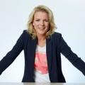 """VOX wird im Dezember """"Herrlich ehrlich"""" – Neue Familien-Spielshow mit Mirja Boes – Bild: TVNOW / Guido Engels"""