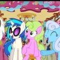 """""""My Little Pony"""": Disney Channel zeigt vierte Staffel – Neue Folgen von """"Liv und Maddie"""" ab April – Bild: Disney Channel/The Hub"""