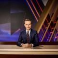"""Jan Böhmermann macht Kinder-Ausgabe vom """"Neo Magazin Royale"""" – Kinder spielen mit Moderator, Betreuer landen im Bälleparadies – Bild: obs/ZDFneo/Ben Knabe"""