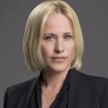 """Patricia Arquette in neuer Comedy von Ben Stiller für Apple TV+ – """"High Desert"""" ist das neue Zuhause einer Privatdetektivin – © CBS"""