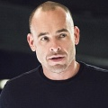 """Arrow"": Colton Haynes und Paul Blackthorne besuchen achte Staffel – Weitere Rückkehrer für das ""Schaulaufen"" bestätigt – Bild: The CW"