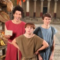 """""""Plebs"""": Britische Historien-Comedy geht bei ProSieben Fun in dritte Staffel – Acht neue Folgen ab November – Bild: ITV"""
