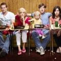 """""""Raising Hope"""": Ungesendete Folgen demnächst bei NOW US – Schräge Comedyserie von """"My Name is Earl""""-Schöpfer – Bild: FOX"""