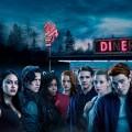 """""""Riverdale"""": Zügige Fortsetzung bei Sky One – Zweite Staffel mit Fernsehpremiere ab Anfang November – © Warner Bros. TV"""