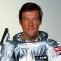 """""""James Bond""""-Darsteller Roger Moore im Alter von 89 Jahren verstorben – Im Fernsehen bekannt mit """"Simon Templar"""" und """"Die 2"""" – © United Artists"""