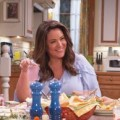 """American Housewife"": Fortsetzung bei sixx gesichert – Im Dezember beginnt Staffel drei mit nahtlosem Übergang – © 018 American Broadcasting Companies, Inc. All rights reserved. / Michael Ansell"