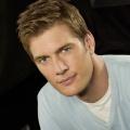 "Ryan McPartlin (""Chuck"") wird Jessica Albas Serien-Ehemann – ""Captain Awesome"" hantiert erneut mit dem Stethoskop – © NBC"
