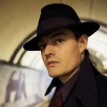"""""""SS-GB"""": rbb zeigt BBC-Miniserie als Free-TV-Premiere – Sam Riley ermittelt im von Nazis besetzten London – © BBC"""