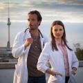 """RTL buddelt """"Schmidt – Chaos auf Rezept"""" aus – Erfolglose Ärzte-Dramedy erhält zweite Chance im Sommer – Bild: RTL / Conny Klein"""