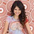 """""""13 Reasons Why"""": Netflix bestellt Romanadaption produziert von Selena Gomez – Schülerin hinterlässt ausführlichen Abschiedsbrief – Bild: Diseny"""