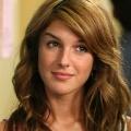 """Shenae Grimes (""""90210"""") besucht """"iZombie"""" – Schauspielerin kehrt zum Network The CW zurück – © The CW"""