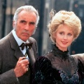 """""""Sherlock Holmes – Die goldenen Jahre"""": TV-Premiere ab heute bei eoTV – Christopher Lee und Patrick Macnee als Holmes und Watson – © Pidax"""
