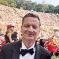 "Michael Kessler bekommt Samstagabendshow am Freitagabend – In ganz Berlin heißt es: ""Showtime, Herr Kessler!"" – © rbb/Peter Scholl"