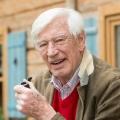 """""""Traumschiff""""-Kapitän Siegfried Rauch im Alter von 85 Jahren gestorben – Erfolgreiche Karriere von """"Le Mans"""" bis """"Bergdoktor"""" – Bild: ZDF/Tobias Hase"""