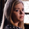 """""""Pretty Little Liars: The Perfectionists"""": Starttermin im März und Trailer – Erster Blick auf das Spin-Off mit Alison und Mona – Bild: Freeform"""