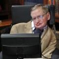 """Physiker Stephen Hawking mit 76 Jahren verstorben – Allgemeines Interesse an Physik auch durch Auftritte bei """"The Big Bang Theory"""" gefördert – Bild: CBS"""