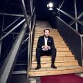 """Interview mit Steven Gätjen: """"Wir müssen an Entertainment viel entspannter herangehen."""" – ZDF- und Disney Channel-Moderator im ausführlichen Interview – von Glenn Riedmeier – Bild: ZDF/Johanna Brinckman"""