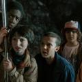 """23. SAG Awards: """"Stranger Things"""" und """"Orange is the New Black"""" räumen ab – John Lithgow und Claire Foy für """"The Crown"""" ausgezeichnet – Bild: Netflix"""