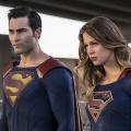 """Superman und Lois Lane kommen zum Arrowverse-Crossover-Event – Tyler Hoechlin (""""Teen Wolf"""") erneut als Mann aus Stahl – © The CW"""
