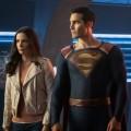 """The CW gibt Ausblick auf das Arrowverse – Crossoverpläne, """"Supergirl""""-Pause und der neue Gegner der """"Legends"""" – © The CW"""