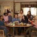 """[UPDATE] Hauptcast von """"Die Conners"""" mit deutlichen Gehaltserhöhungen für zweite Staffel – Verlängerung am Freitag offiziell verkündet – Bild: Disney Media Distribution"""