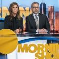 """""""The Morning Show"""": Steve Carell kehrt für zweite Staffel zurück – Apple-TV-Serie soll ab Mitte Oktober wieder produzieren – © Apple TV+"""