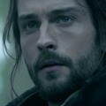 "Tom Mison (""Sleepy Hollow"") gesellt sich zu ""Watchmen"" von HBO – ""Titanic""-Passagierin Frances Fisher ebenfalls in Comic-Adaption – Bild: FOX/ABC"