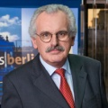 """Ulrich Deppendorf verabschiedet sich vom """"Bericht aus Berlin"""" – Letzter Auftritt am kommenden Sonntag – © ARD"""