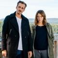 """""""Schwarzwaldkrimi"""": Jessica Schwarz und Max von Thun in düsterem Zweiteiler – """"Und tot bist Du!"""" läuft Anfang April im ZDF – Bild: ZDF/Maor Waisburd"""