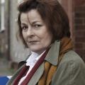 """Neue Staffeln für """"Vera"""" und den """"jungen Inspektor Morse"""" – Dawn-French-Drama """"Glass Houses"""" ebenfalls bestellt – Bild: ZDF/Helen Turton"""