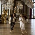 """""""Versailles"""": Sky Atlantic zeigt französisches Historiendrama – Die Regierungszeit Ludwigs XIV. im Zentrum – Bild: Zodiak Fiction / Capa Drama / Incendo / Canal+"""