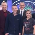 """""""Wer wird Millionär?"""": Biedermann und Hermanns im Promi-Special – Burdecki, Krause und Orloff wagen sich zu """"Ninja Warrior"""" – Bild: TVNOW / Frank Hempel"""