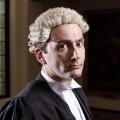 """VOX zeigt die britische Mini-Serie """"The Escape Artist"""" – Dreiteiler wird an einem Abend ausgestrahlt – Bild: VOX/Endor Productions"""
