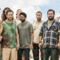 "TBS verlängert ""Wrecked"", ""People of Earth"" und ""The Guest Book"" – Comedy-Trio auch 2018 weiter im Programm – Bild: TM & © 2017 Turner Entertainment Networks, Inc. A Time Warner Company. All Rights Reserved."