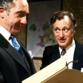 """""""Yes Minister"""": ARD-alpha wiederholt BBC-Sitcomklassiker – Erste Ausstrahlung im deutschen Fernsehen seit 1990 – Bild: BBC"""