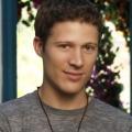 """Friday Night Lights""-Star Zach Gilford mit Hauptrolle in ABC-Pilot – Ed Oxenbould verstärkt Comedy-Pilot ""Chev & Bev"" – © ABC"